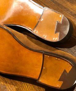 Замена набоек на мужской и женской обуви.