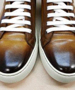 Перекрашивание кожаной обуви (кеды).